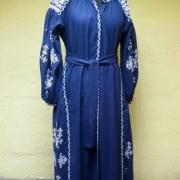 Женское вышитое платье геометрический орнамент фото