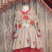 """Красивое вышитое платье для девочки """"Поле маков"""" фото"""
