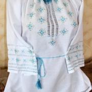 Женская вышитая блузка Василек фото