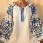Вишита жіноча блузка в бохо стилі фото