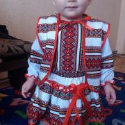 Детский костюм из тканного полотна фото
