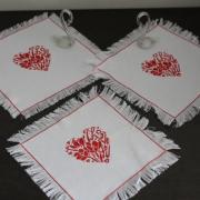 Заказать набор вышитых салфеток ручной работы Киев