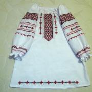 ФотоВишите плаття для дівчинки з мережками