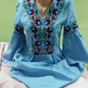 Вышитая женская блузка в мексиканском стиле фото