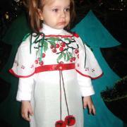 Дитяче вишите бісером плаття