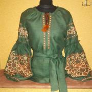 """Зеленая вышитая блуза """"Древо жизни"""" фото"""