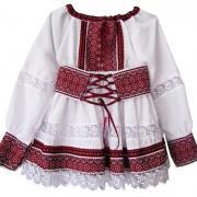 Дитячий вишитий костюмчик для дівчинки
