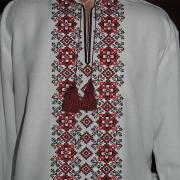 """Мужская вышитая рубашка """"Ромбы изобилия"""" красная фото"""