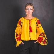 """Женская вышиванка """"Желтое море цветов"""" фото"""