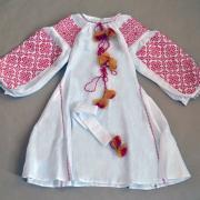 Украинское платье с кисточками на льне фото