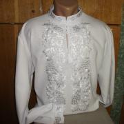 Мужская вышиванка белым по белому фото