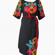 Черное женское платье с украинской вышивкой