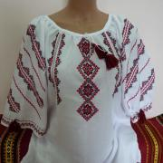 "Жіноча вишиванка ""Україночка ошатна"" фото"