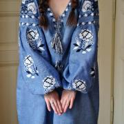 Вышитое женское платье миди Бохо розы фото