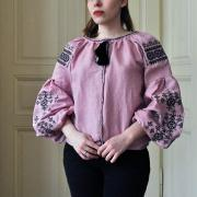 """Жіноча вишиванка на льоні """"Рожеве небо"""" фото"""