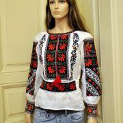 """Шикарная вышитая блуза на льне """"Борщев"""" фото"""