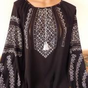 Вышиванка женская черная с белой вышивкой