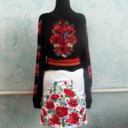 Украинская вышиванка цветочная с маками