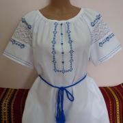 """Летняя женская вышиванка """"Голубинка"""" фото"""