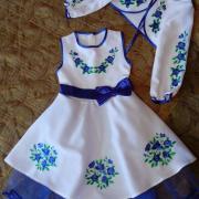 """Сукня вишиванка для дівчинки """"Блакитні цветочки1"""" фото"""