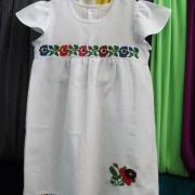 Дитяче плаття з борщевскими квітами