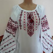 """Украинская белая вышиванка """"Бургунди"""" фото Крестик"""