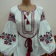"""Жіноча вишиванка хрестиком """"Магія квітів"""" фото"""