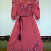 """Жіноча вишита сукня """"Рожеві пелюстки"""" фото"""