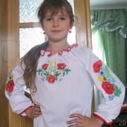 """Украинская вышиванка на девочку """"Маки"""""""