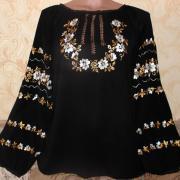 Блуза ручної роботи Намисто з квітів фото