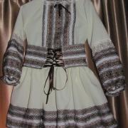 Детский вышитый костюмчик с юбкой