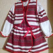 Купити дитячий костюм для дівчинки з вишивкою