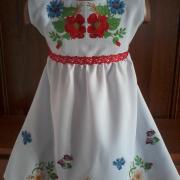 """Дитяче плаття з вишивкою """"Квіткова розсип"""" фото"""