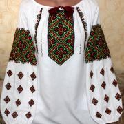 """Жіноча вишиванка Багата квіткова"""" фото"""