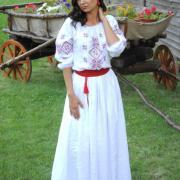 """Женское вышитое платье """"Нежность"""" фото Крестик"""