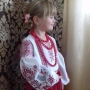 Детская современная вышиванка петушки фото