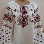 Женская сорочка вышиванка с вышивкой крестом