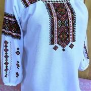 Женская гуцульская вышиванка счетной низью