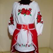 """Сукня вишиванка на дівчинку з червоною спідницею """"Маки"""" фото"""