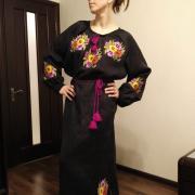 """Женское вышитое платье """"Фиалки"""" фото Лена"""
