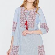 Нежное платье в полоску свободного кроя фото