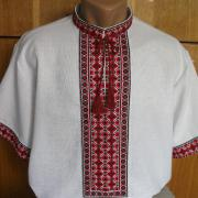 Літня вишиванка для чоловіків з коротким рукавом