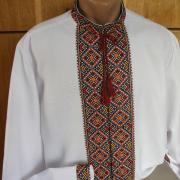 Стильная мужская сорочка вышиванка купить