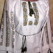 Женская вышиванка  с орнаментом сварги