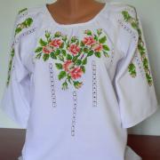 """Вышитая женская рубашка """"яблоневый сад"""" фото"""