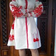 Короткое льняное женское платье  фото