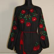 Черная женская вышиванка с маками
