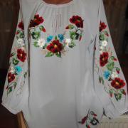 Ошатна жіноча блузка з шифону біла купити