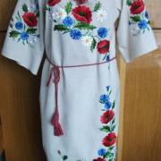 Льняное платье с вышивкой