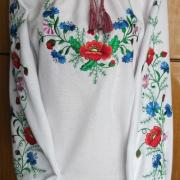 Женская блузка - маки и васильки